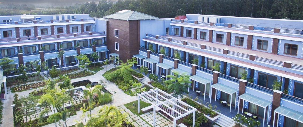 Which resorts are best to visit in coorg