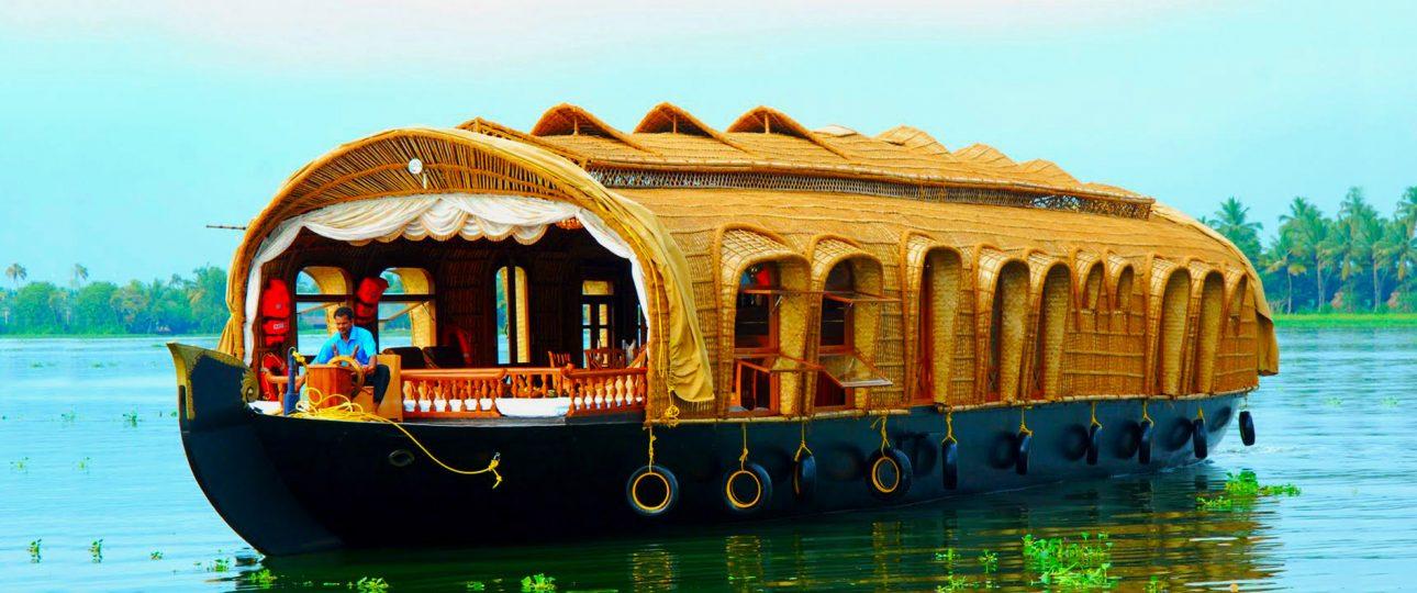 when is the best season to visit kerala