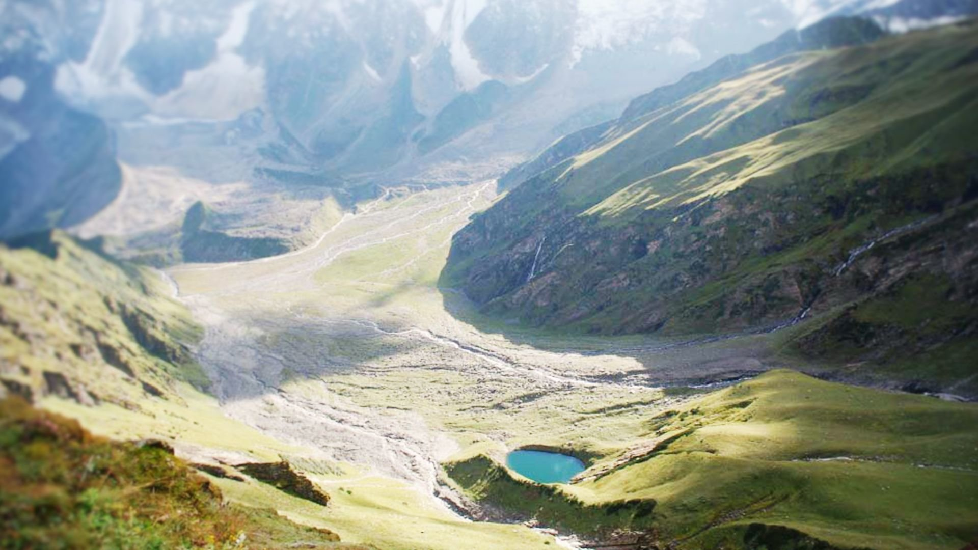 Beas Kund trek best time to visit